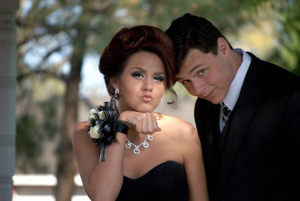 prom-date