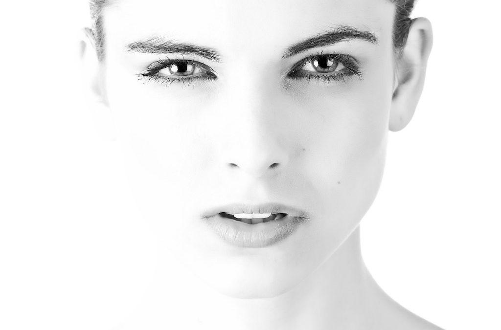3 Reasons You Should Be Using an Eye Cream